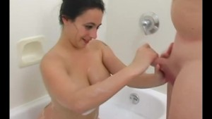 Sucking Cock in Hot Bath