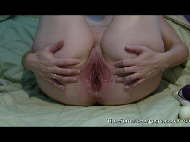 mokriy-orgazm-s-sokrasheniem-mishts-video