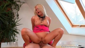 Busty blonde babe goes cray riding an hard cock with her horny cunt