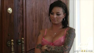 Sexy Slutty babe Christy Mack fucks her ex BF's best friend