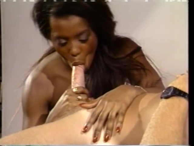 Professor Mike Hawke Fucks Ebony Babe - CDI