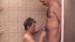 Old couple fucking in the shower - Captain Willy