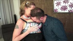 Laura Orsolya gives a nice Blowjob