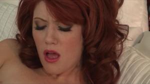 Redhead vixen Elle Alexandra rubs her juicy pussy on camera