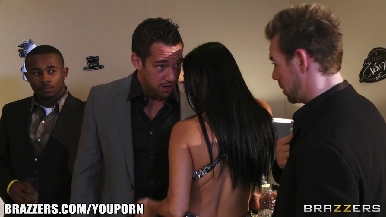 Vanilla devile gets double teamed by her husband and his friend 5