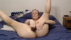 Amateur MILF Webcam Sex Show