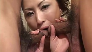 Asian babe Kei gives amzing double blowjob