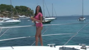 Babe on the boat makes me jizz in my pants - Julia Reaves