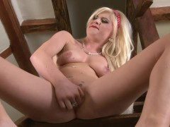 Blonde Euro Babe fingerbangs her pussy on stairs