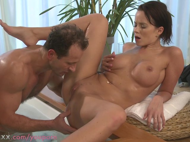 Shemale mature cum solo