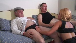 threesome with voyeur papy