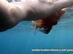 Picture Nude swimming in the sea
