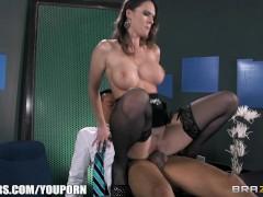Slutty sex-toy Jennifer Dark feeds her hunger for big hard cock