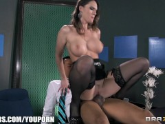 YouPorn Movie:Slutty sex-toy Jennifer Dark f...