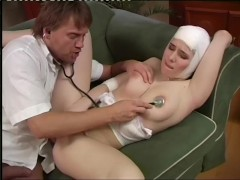 Injured Babe Gets Some Sexual Healing - Pleasure Photorama