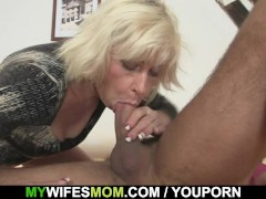 - I just cum on my mothe...