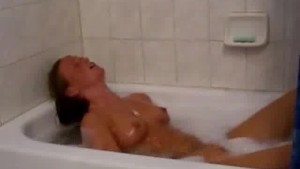 Really hot girl solo in bathtub