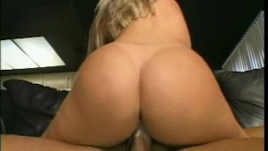 Blonde wants that mature dick