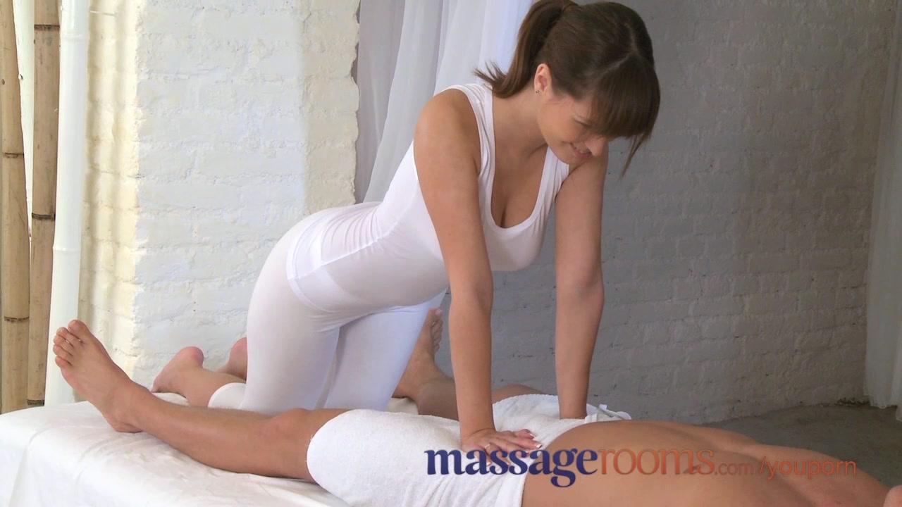 expert- massage busty