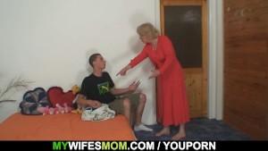 She fucks her son in law