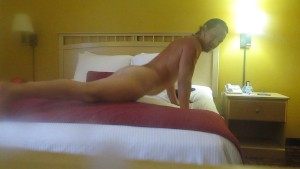 BEST SELFSUCK FROM STUD IN A HOTEL WITH A SEXY FANTASY HOW HE HAS SEX WITH WOMEN ON A KING SIZE BED
