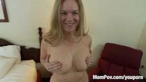 Curvy natural tits amateur blonde fucks
