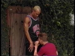 White dude get a BBC down his throat at the basketball court - Pacific Sun Entertainment