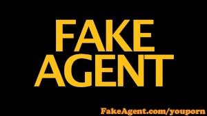 FakeAgent Amazing body amateur takes creampie in casting