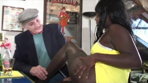 chocolade anal with voyeur papy