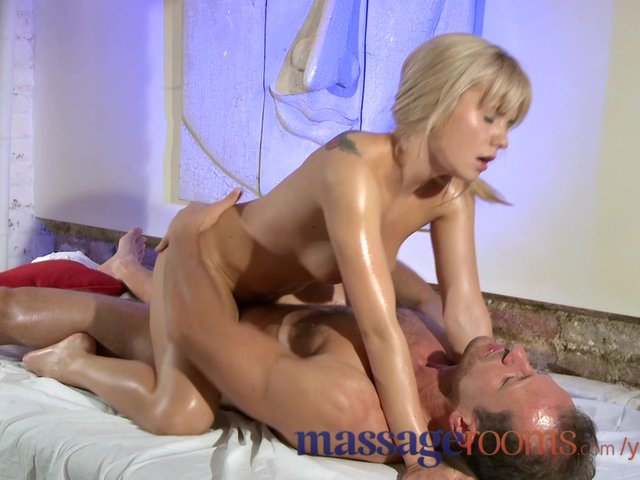 massage rooms anal