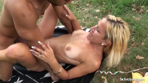Blonde mature Angelique fucked outside