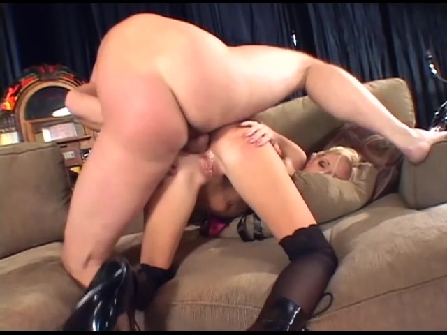 knee Babe boots anal in
