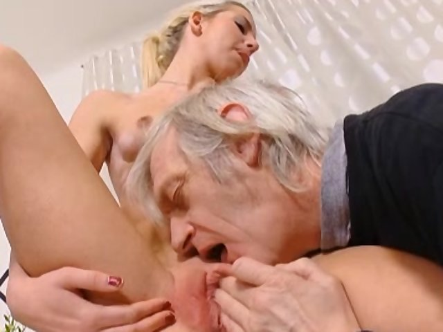 Old Man Fuck Young Girl Public