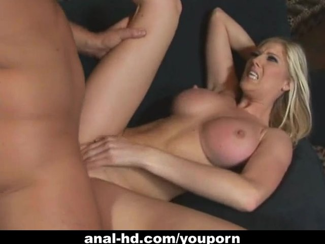bouncy tits