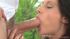 MOM Brunette suck and fucks a fat cock