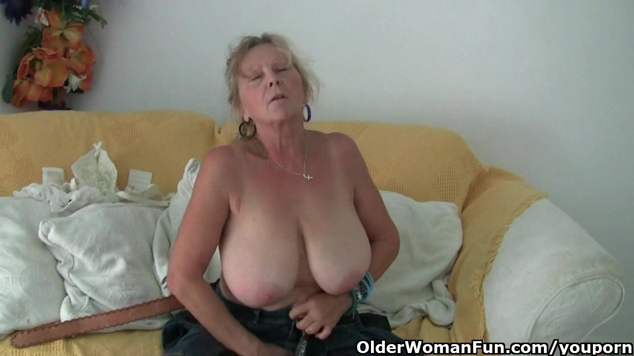 Vid www.old woman fun.com That