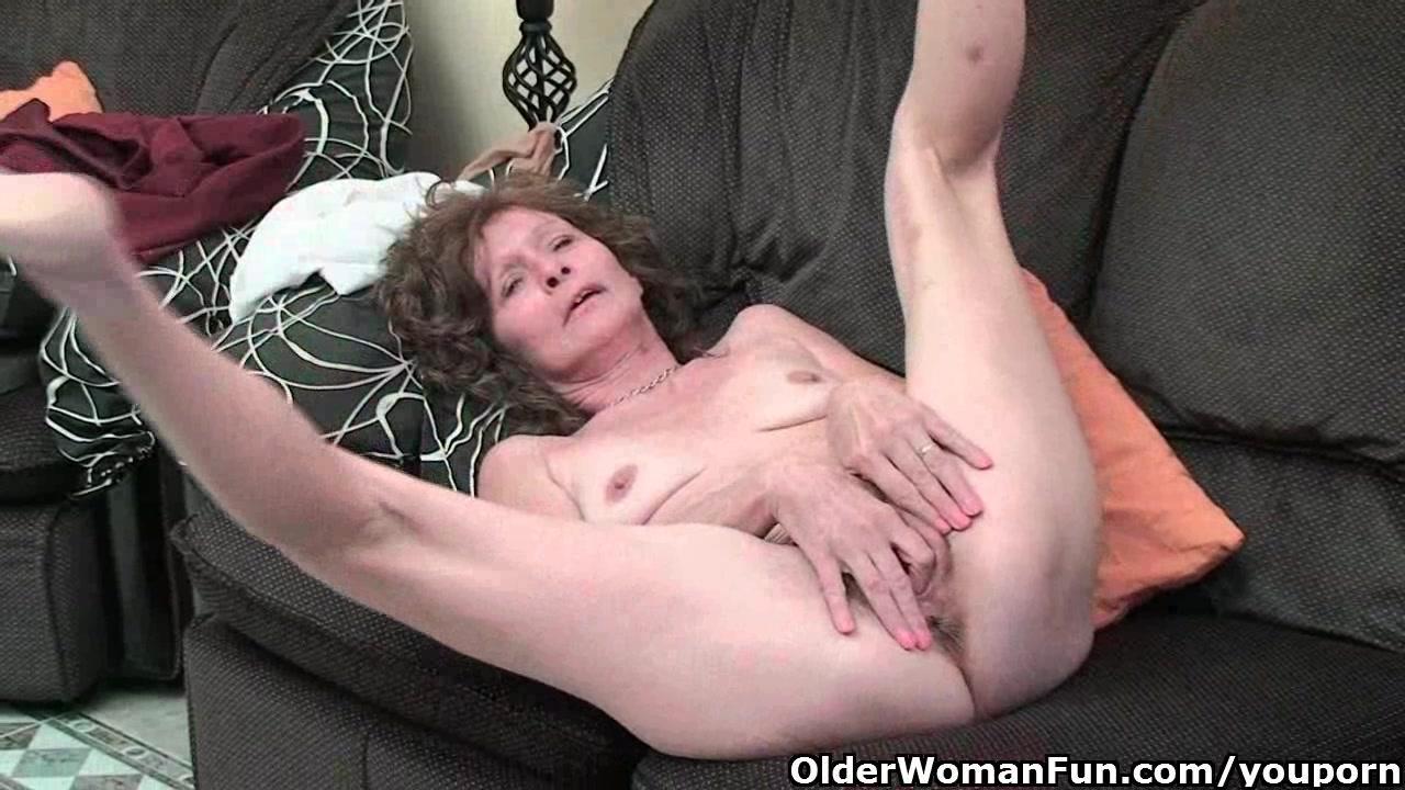 Секс и анал с худыми старыми