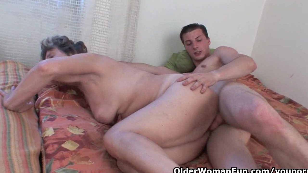 Young henti sex porn