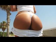 - Jazmina shows her amaz...