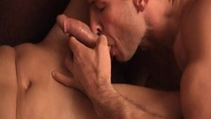 Gay guy gives deep blowjob and brings his lover to orgasm