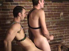 Leather-wearing cock-suckers - Factory Video