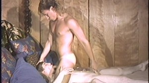 Old-school blowjob and fuck - Time Warp to the 80s
