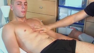 Full video: French straight guy get massaged and get wanked his hard cock by a guy !