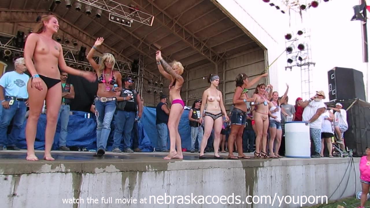 skinnny nude white girls