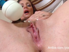 Picture Real dripping orgasm for hot mom
