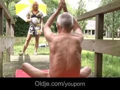 Old Guru teaches young...