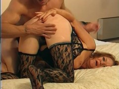 Horny older woman can't get enough dick - Telsev
