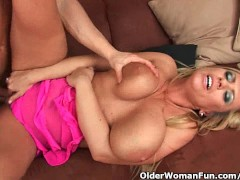 Gilf with big boobs st... - YouPorn