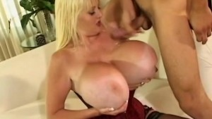 extreme boobs in motion