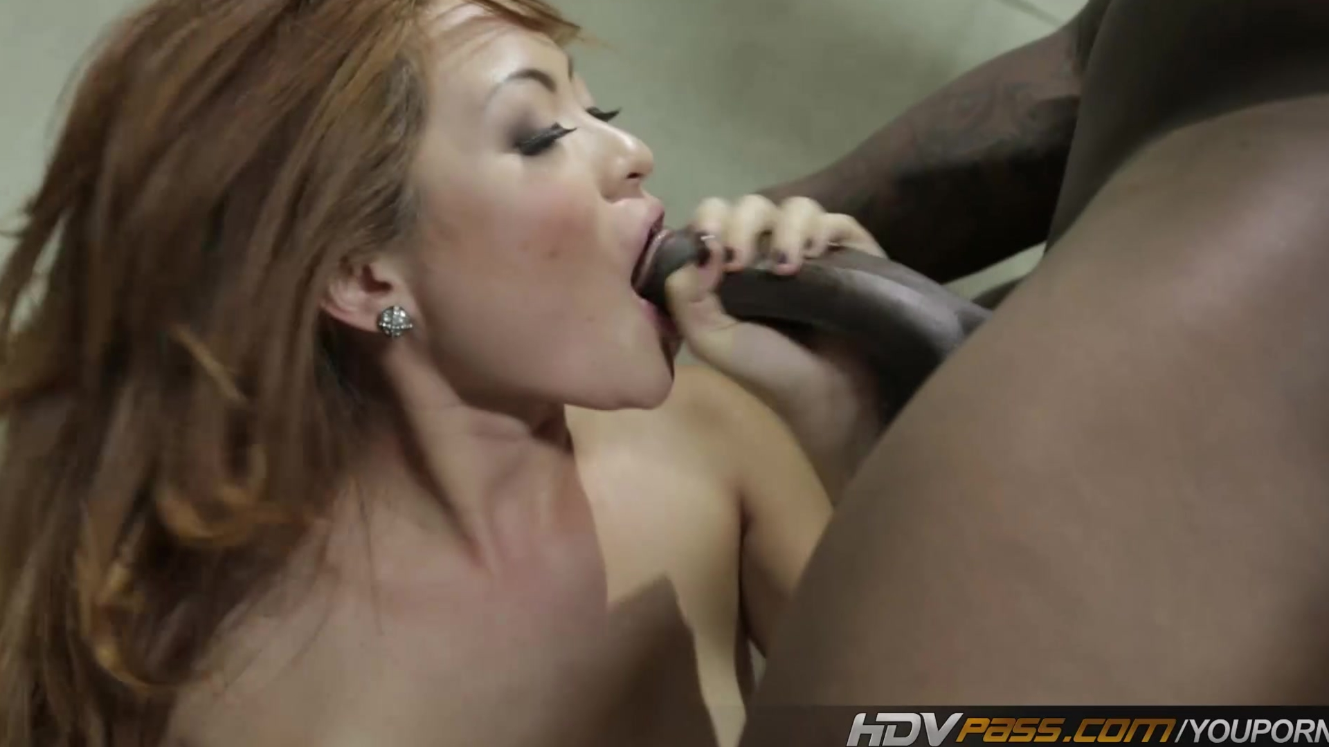 Black Sister Sucking Dick